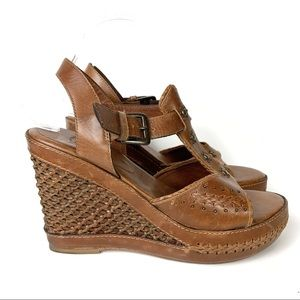 Frye Leather Basket Woven T-Strap Wedge Sandals
